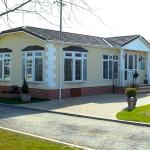 Cotswold-Manor-Park-2-3
